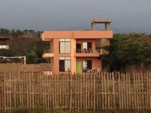 Maria's house (I'm renting bottom half)